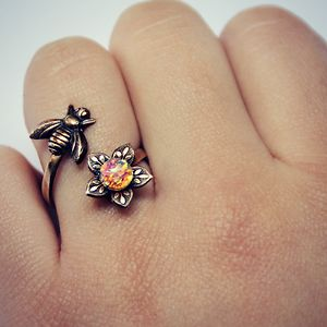 bee-flower-ring-brass-pink-opal2__300
