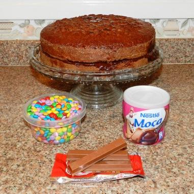 gostei-e-agora-bolo-kit-kat-cercadinho-confetti-ingredientes
