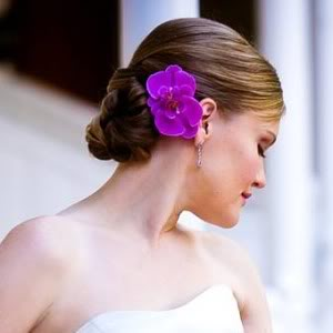 flores-nos-cabelos-moda-verao-2014-6